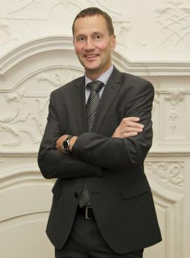 Dr. Gregor Peikert